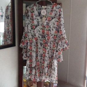 NWT Beautiful Floral Wrap Dress